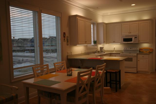 Beach Baby: Kitchen Area