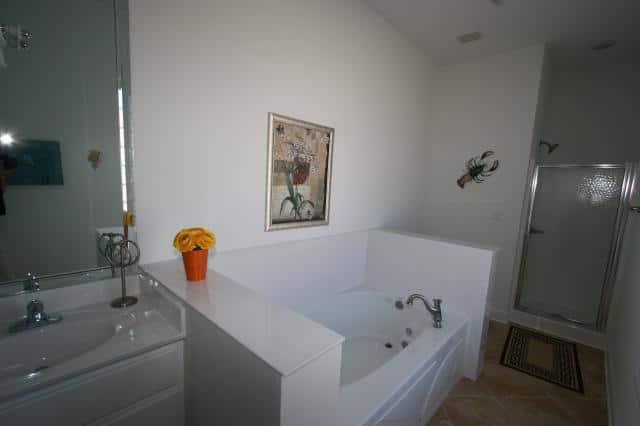 Beach Baby: Bathroom