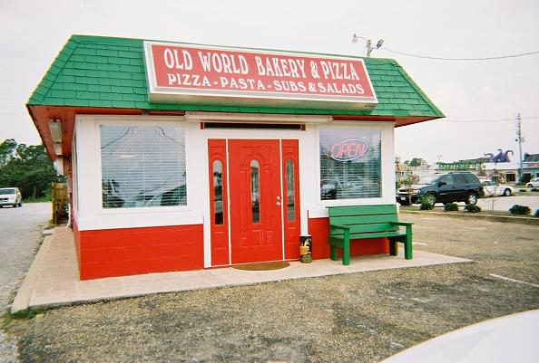 Old World Bakery & Pizza