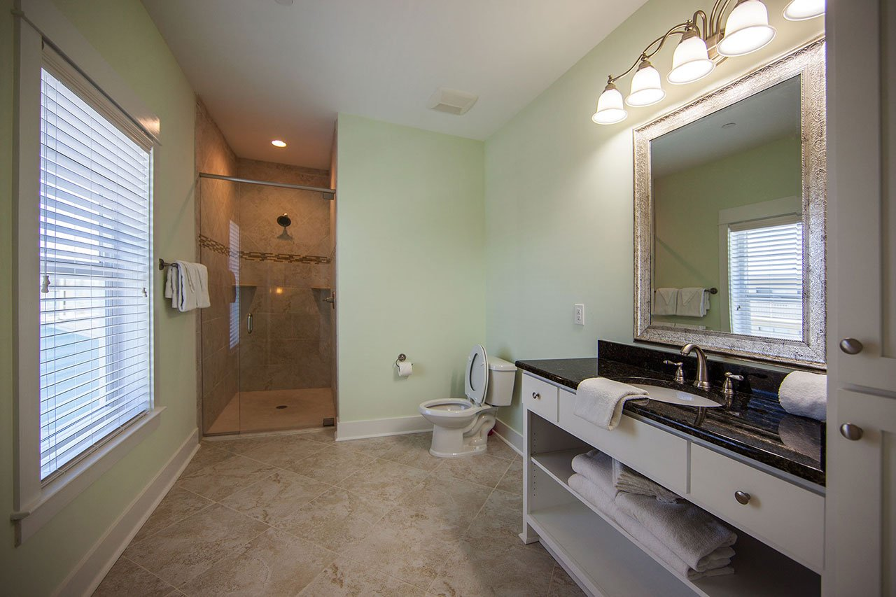 Pearl E 2nd Fl N Bedroom Bath On Gulf Shores