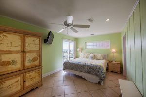 Sea-Rae-1st-Floor-beachside-bedroom