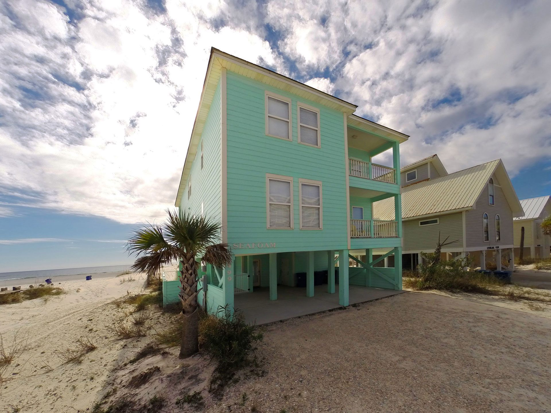 Seafoam-house-front-streetside3