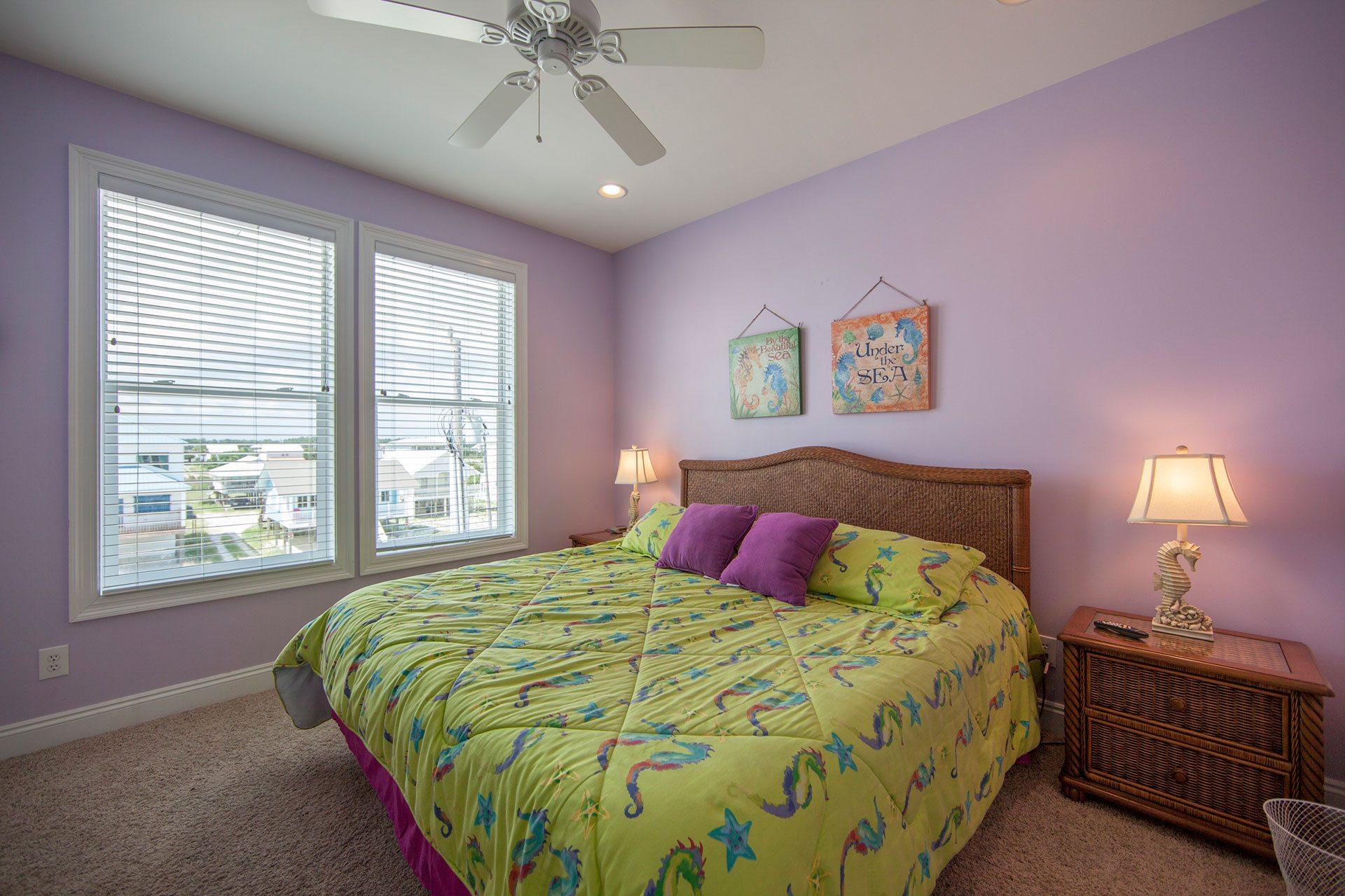 Wits-End-E-2nd-floor-N-bedroom
