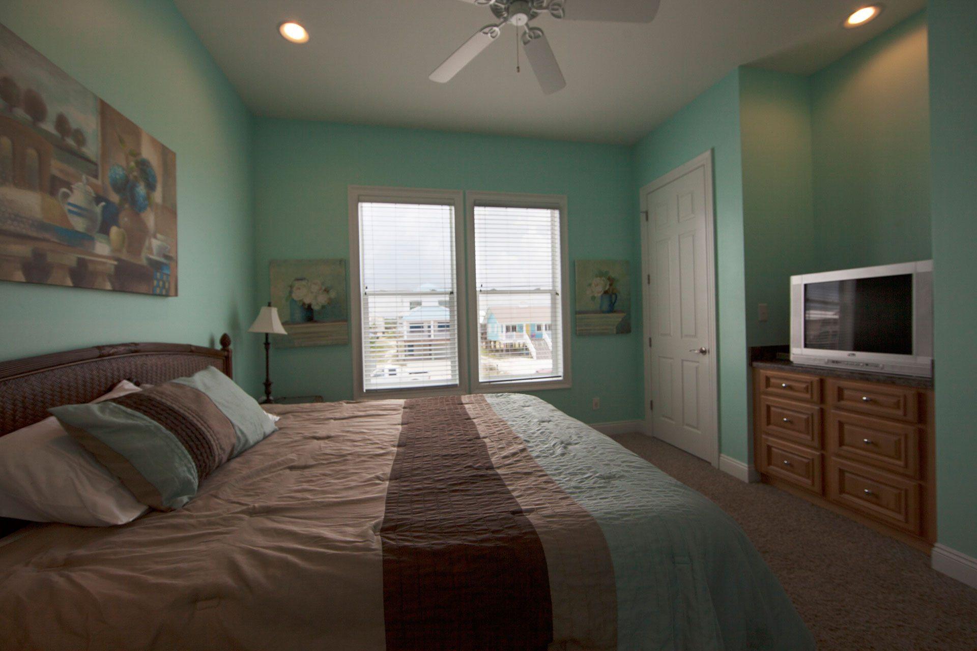 Wits-End-W-1st-floor-bedroom