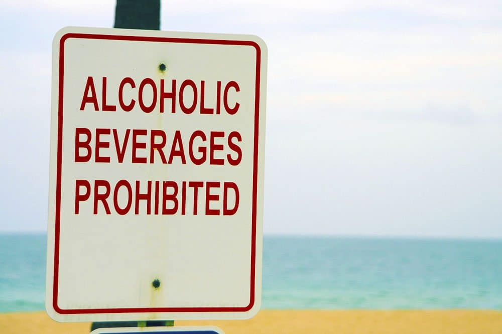 alcoholic beverages prohibited on gulf shores beach during spring break